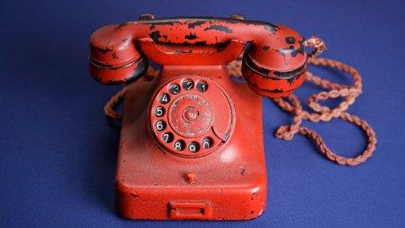 Hitlerin şəxsi telefonu 243 min dollara satıldı