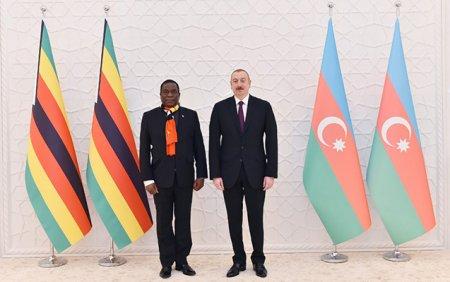 İlham Əliyev Zimbabve prezidenti ilə görüşdü -