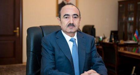 Əli Həsənovun əsərləri Buxarestdə rumın dilində nəşr edilib