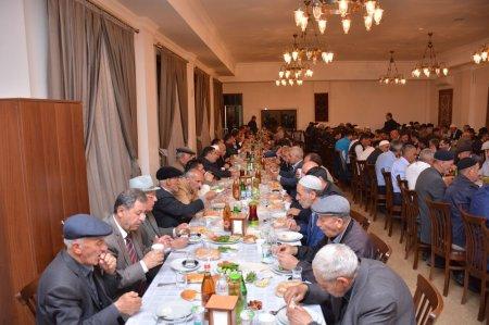 Heydər Əliyev Fondu rayonlarda iftar süfrələri təşkil edir -
