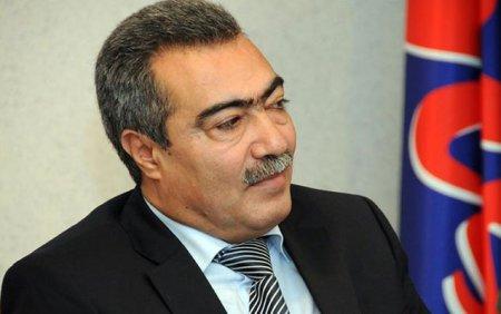 Prezident Vüqar Səfərlini işdən çıxardı