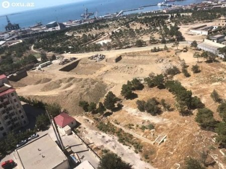 Xətai rayonunda parkın ərazisi satışa çıxarılıb?