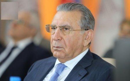 Ramiz Mehdiyev qohumlarını AMEA-ya toplayır